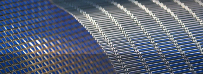 Customised wire cloth made of stainless steel or non-ferrous metal wire
